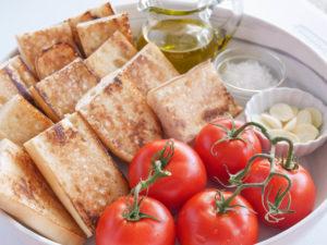 Allergen-free Tomato bread